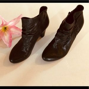 BCBG Black leather ankle booties